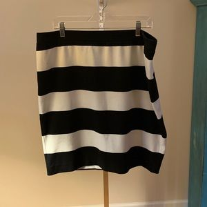 Elle Knit  Pull On Striped Skirt